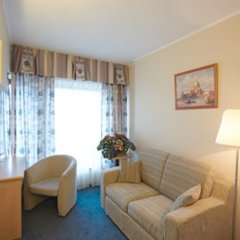 Гостиница Спутник комната для гостей фото 8