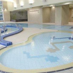 Отель The Salisbury - YMCA of Hong Kong бассейн