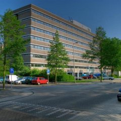Отель NH Amsterdam Zuid парковка