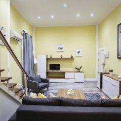 Апартаменты Forever Young Apartments Puerta del Sol комната для гостей фото 4