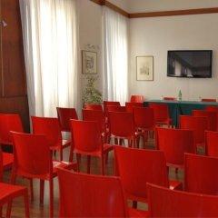 Hotel Fiore Фьюджи помещение для мероприятий фото 2