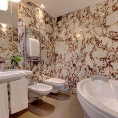 Отель Singer Palace Hotel Италия, Рим - отзывы, цены и фото номеров - забронировать отель Singer Palace Hotel онлайн ванная