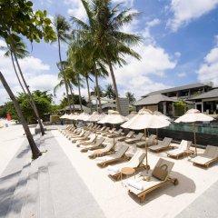 Отель Sareeraya Villas & Suites бассейн