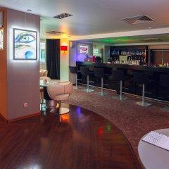 Гостиница Рамада Екатеринбург (Ramada Yekaterinburg) гостиничный бар