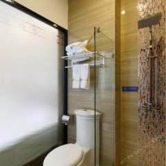 TIE LV Holiday Hotel ванная фото 2