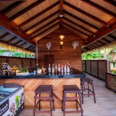 Отель Tup Kaek Sunset Beach Resort гостиничный бар