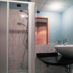 Отель Studios Италия, Колоньо-Монцезе - 1 отзыв об отеле, цены и фото номеров - забронировать отель Studios онлайн ванная