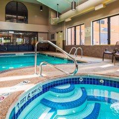 Отель Best Western Dunkirk & Fredonia Inn США, Дюнкерк - отзывы, цены и фото номеров - забронировать отель Best Western Dunkirk & Fredonia Inn онлайн бассейн