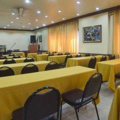 Отель Miramar Hotel Филиппины, Манила - отзывы, цены и фото номеров - забронировать отель Miramar Hotel онлайн помещение для мероприятий