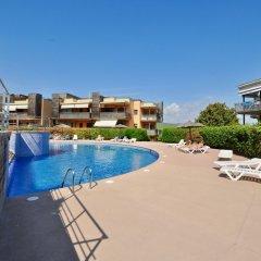Отель Garbi Boadella Испания, Льорет-де-Мар - отзывы, цены и фото номеров - забронировать отель Garbi Boadella онлайн бассейн фото 2