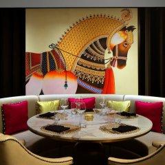 Отель Taj Dubai в номере фото 2