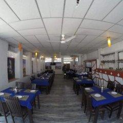 Отель Palace Anjali гостиничный бар
