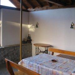 Отель Guest House Astra Велико Тырново комната для гостей