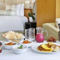 Отель The Ritz-Carlton, Dubai International Financial Centre ОАЭ, Дубай - 8 отзывов об отеле, цены и фото номеров - забронировать отель The Ritz-Carlton, Dubai International Financial Centre онлайн в номере