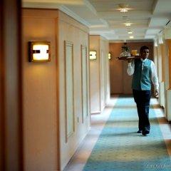 Отель Crowne Plaza Abu Dhabi ОАЭ, Абу-Даби - отзывы, цены и фото номеров - забронировать отель Crowne Plaza Abu Dhabi онлайн интерьер отеля фото 3