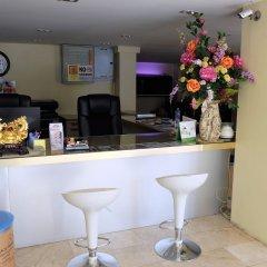 Отель Au Bon Hostel Таиланд, Бангкок - отзывы, цены и фото номеров - забронировать отель Au Bon Hostel онлайн гостиничный бар