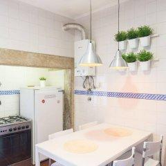 Отель Happy Reception Boutique Hostel Chiado Португалия, Лиссабон - отзывы, цены и фото номеров - забронировать отель Happy Reception Boutique Hostel Chiado онлайн ванная