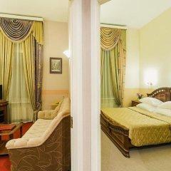 Гостиница Маршал 3* Стандартный номер с двуспальной кроватью