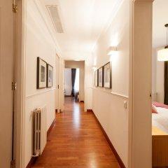 Апартаменты Serennia Apartments Ramblas-Pl.Catalunya интерьер отеля