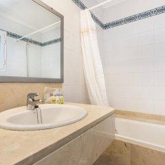 Отель Globales Cala'n Blanes Кала-эн-Бланес ванная фото 2