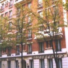 Отель Lilas Gambetta Франция, Париж - отзывы, цены и фото номеров - забронировать отель Lilas Gambetta онлайн спортивное сооружение
