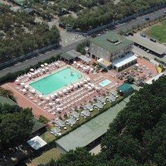 Hotel Quadrifoglio - Quadrifoglio Village Понтеканьяно спортивное сооружение