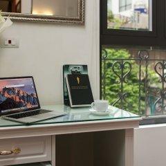 Отель Trang Trang Premium Hotel Вьетнам, Ханой - отзывы, цены и фото номеров - забронировать отель Trang Trang Premium Hotel онлайн удобства в номере фото 2