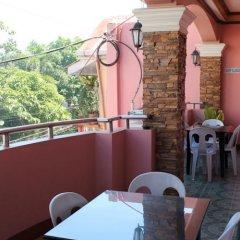 Отель M.N. Boracay Lodge Inn Филиппины, остров Боракай - отзывы, цены и фото номеров - забронировать отель M.N. Boracay Lodge Inn онлайн питание фото 3