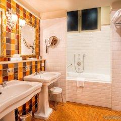 Отель Boutique Hotel Die Swaene Бельгия, Брюгге - 1 отзыв об отеле, цены и фото номеров - забронировать отель Boutique Hotel Die Swaene онлайн ванная