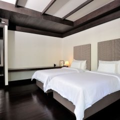 Отель Malisa Villa Suites сейф в номере