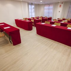Отель Holiday Inn Express Ciudad de las Ciencias Испания, Валенсия - 1 отзыв об отеле, цены и фото номеров - забронировать отель Holiday Inn Express Ciudad de las Ciencias онлайн помещение для мероприятий фото 2