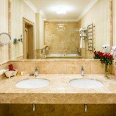 Гостиница Швейцарский Украина, Львов - 5 отзывов об отеле, цены и фото номеров - забронировать гостиницу Швейцарский онлайн ванная фото 2