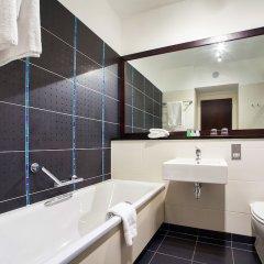 Отель Carlton Hotel Blanchardstown Ирландия, Дублин - отзывы, цены и фото номеров - забронировать отель Carlton Hotel Blanchardstown онлайн ванная фото 2