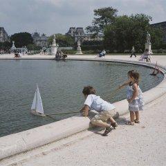 Отель Le Meurice Dorchester Collection Париж приотельная территория