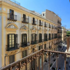 Отель Palazzo Mazzarino - My Extra Home Италия, Палермо - отзывы, цены и фото номеров - забронировать отель Palazzo Mazzarino - My Extra Home онлайн балкон