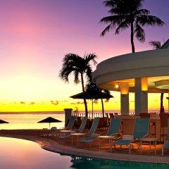 Отель The Westin Resort Guam США, Тамунинг - 9 отзывов об отеле, цены и фото номеров - забронировать отель The Westin Resort Guam онлайн бассейн
