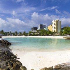Отель HolidayMakers Inn Мальдивы, Северный атолл Мале - отзывы, цены и фото номеров - забронировать отель HolidayMakers Inn онлайн пляж фото 2