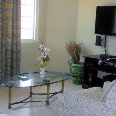 Отель The Residences At Briarwood Ямайка, Дискавери-Бей - отзывы, цены и фото номеров - забронировать отель The Residences At Briarwood онлайн комната для гостей фото 3