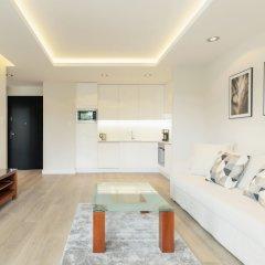 Апартаменты Luxury Apartments - Okrzei Residence Сопот комната для гостей фото 5