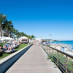Отель Vrissiana Beach Hotel Кипр, Протарас - 1 отзыв об отеле, цены и фото номеров - забронировать отель Vrissiana Beach Hotel онлайн приотельная территория