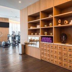 Отель SLS LUX Brickell фитнесс-зал