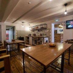 Гостиница Yagoda Hostel в Иркутске 1 отзыв об отеле, цены и фото номеров - забронировать гостиницу Yagoda Hostel онлайн Иркутск гостиничный бар