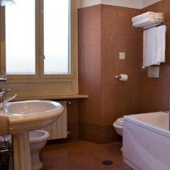 Отель Rimini Италия, Рим - 4 отзыва об отеле, цены и фото номеров - забронировать отель Rimini онлайн ванная фото 2