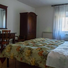 Отель Stefan's House сейф в номере