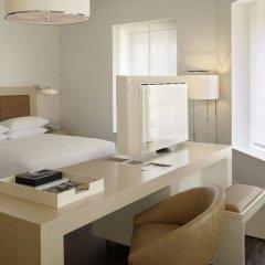Отель Andaz Wall Street - A Hyatt Hotel США, Нью-Йорк - отзывы, цены и фото номеров - забронировать отель Andaz Wall Street - A Hyatt Hotel онлайн удобства в номере