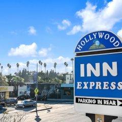 Отель Hollywood Inn Express North Лос-Анджелес парковка
