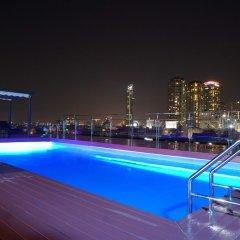 Отель Cnr House Бангкок бассейн