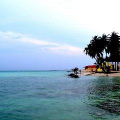 Отель Seven Corals пляж