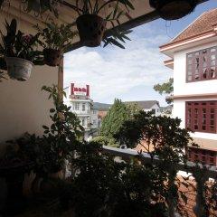Отель Binh Yen Hotel Вьетнам, Далат - 1 отзыв об отеле, цены и фото номеров - забронировать отель Binh Yen Hotel онлайн балкон