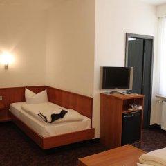 Отель Fackelmann Германия, Нюрнберг - 2 отзыва об отеле, цены и фото номеров - забронировать отель Fackelmann онлайн комната для гостей фото 2